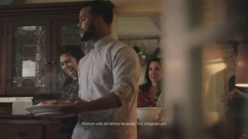 Olive Garden Catering Delivery TV Spot, 'Just a Fork' - Thumbnail 7