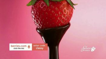 Shari's Berries TV Spot, '2019 Mother's Day: Come to Mama' - Thumbnail 3
