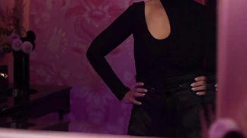 CoverGirl + Olay Simply Ageless Foundation TV Spot, 'A cierta edad' con Maye Musk [Spanish] - Thumbnail 3