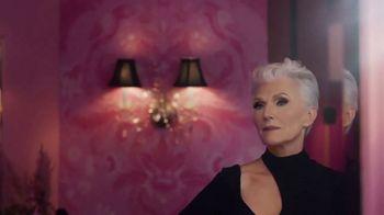 CoverGirl + Olay Simply Ageless Foundation TV Spot, 'A cierta edad' con Maye Musk [Spanish] - Thumbnail 4