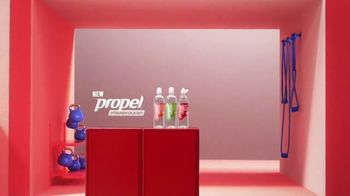 Propel Vitamin Boost TV Spot, 'Electrolytes Meet Vitamins' - Thumbnail 10