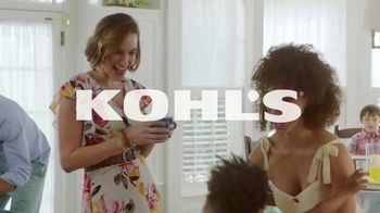 Kohl's Friends and Family Sale TV Spot, 'Savings Add Up: Earring and Pendant Sets & PJ Sets' - Thumbnail 1