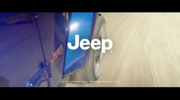 Jeep Freedom Days TV Spot, 'Legends Are Made' Featuring Tony Hawk, Song by The Kills [T2] - Thumbnail 7