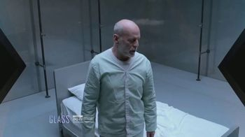 XFINITY On Demand TV Spot, 'X1: Glass' - Thumbnail 7