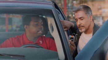 AutoZone Fix Finder + Loan-A-Tool TV Spot, 'Kiss It Goodbye' [Spanish] - Thumbnail 4
