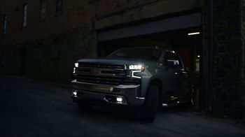 Chevrolet Silverado TV Spot, 'From Forge to Film' [T1] - Thumbnail 5