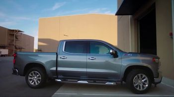Chevrolet Silverado TV Spot, 'From Forge to Film' [T1] - Thumbnail 9