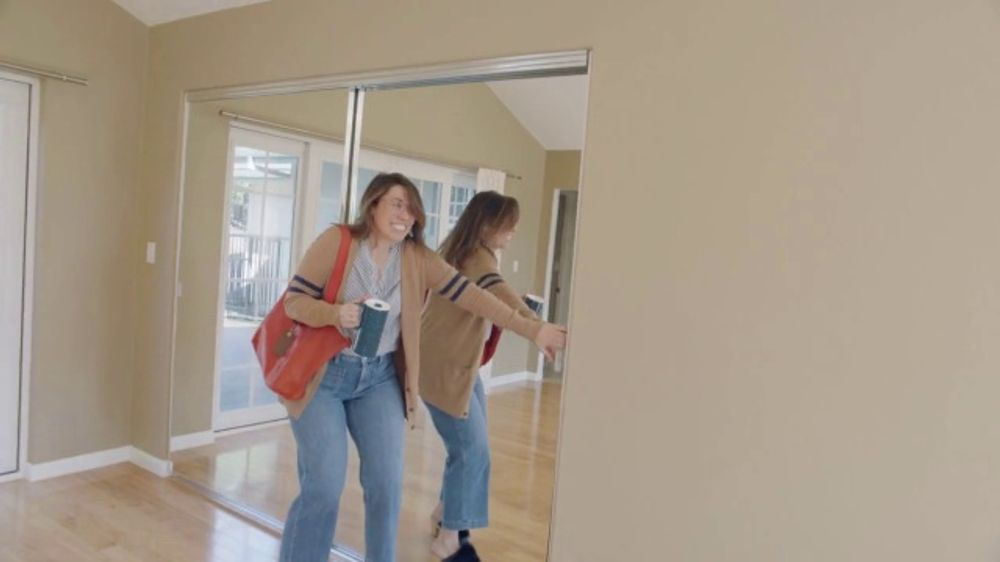 Zillow TV Commercial, 'Love It' Song by Brenton Wood - Video