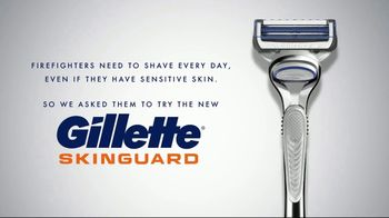 Gillette SkinGuard TV Spot, 'Testimonial: Daily Shaving for Sensitive Skin & Ingrown Hairs' - Thumbnail 3