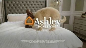Ashley HomeStore One Day Mattress Sale TV Spot, 'Sealy Response & Ashley Sleep Chime' Song by Midnight Riot - Thumbnail 9