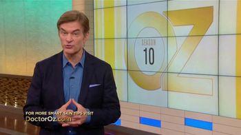 Eucerin TV Spot, 'Dr. Oz Smart Skin Series: Daily Moisturization' - Thumbnail 8