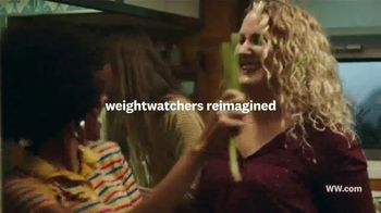 WW Freestyle TV Spot, 'Lose Weight and Feel Happier' Featuring Oprah Winfrey - Thumbnail 2