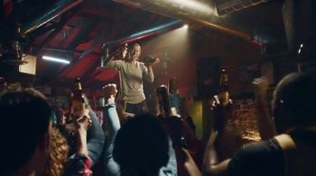 Marathon Brewing Company 26.2 Brew TV Spot, 'Das Shoe' Featuring Des Linden - Thumbnail 5