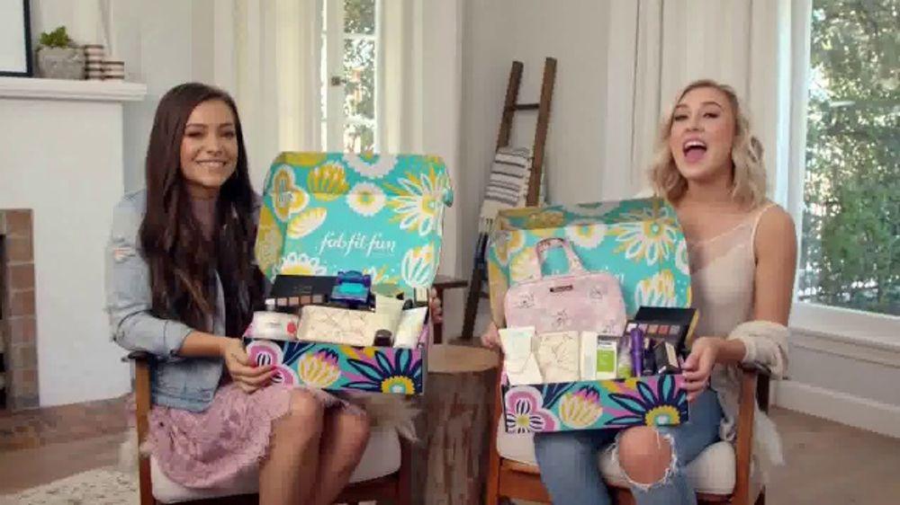FabFitFun.com TV Commercial, 'Fun Surprises' Featuring Maddie & Tae
