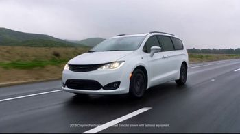 Chrysler Spring Sales Event TV Spot, 'Talking Van: Tools for the Trip' [T2] - Thumbnail 1