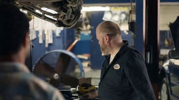 AT&T Wireless TV Spot, 'OK: Mechanic' - Thumbnail 2