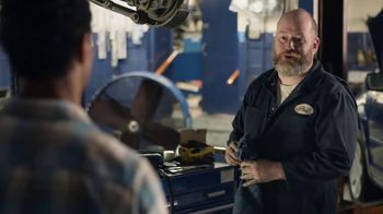 AT&T Wireless TV Spot, 'OK: Mechanic' - Thumbnail 5