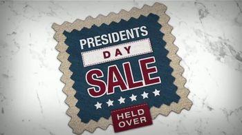 La-Z-Boy Presidents Day Sale TV Spot, 'Held Over: Save 25 Percent' - Thumbnail 2
