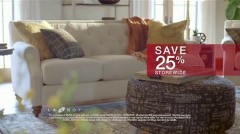 La-Z-Boy Presidents Day Sale TV Spot, 'Held Over: Save 25 Percent' - Thumbnail 4