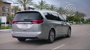 Chrysler Presidents Day Sales Event TV Spot, 'Up Your Van Game' [T2]
