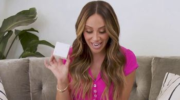FabFitFun.com TV Spot, 'Unboxing' Featuring Melissa Gorga - Thumbnail 7
