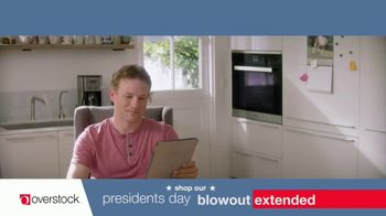 Overstock.com Presidents Day Blowout TV Spot, 'Table Runner' - Thumbnail 1
