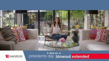 Overstock.com Presidents Day Blowout TV Spot, 'Table Runner' - Thumbnail 7