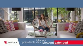 Overstock.com Presidents Day Blowout TV Spot, 'Table Runner' - Thumbnail 8