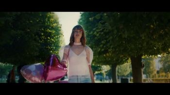 Pandora Stores TV Spot, 'Real Love' Song by Rasmus Bille Bahncke - Thumbnail 4
