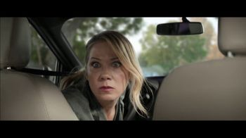 M&M's Super Bowl 2019 TV Spot, 'Bad Passengers' Featuring Christina Applegate