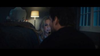 Olay Super Bowl 2019 TV Spot, 'Killer Skin' Featuring Sarah Michelle Gellar - Thumbnail 2