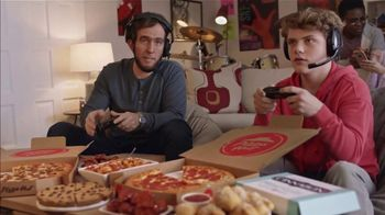 Pizza Hut $5 Lineup Super Bowl 2019 TV Spot, 'Level Up With the $5 Lineup' - Thumbnail 2