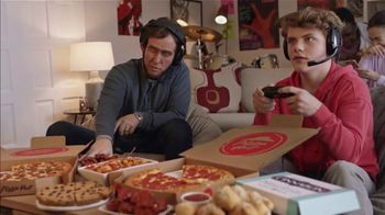 Pizza Hut $5 Lineup Super Bowl 2019 TV Spot, 'Level Up With the $5 Lineup' - Thumbnail 3