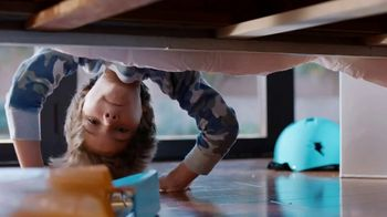 King's Hawaiian TV Spot, 'Yoga' - Thumbnail 3