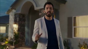 ADT Super Bowl 2019 TV Spot, 'When it Comes to Smart Home Security, Trust the Pros.' Featuring Jonathan and Drew Scott - Thumbnail 8