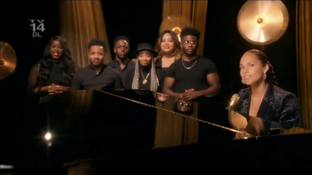 CBS: Alicia Keys at the Piano