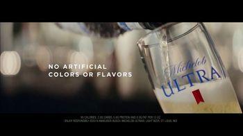 Michelob ULTRA Super Bowl 2019 TV Spot, 'Robots' Featuring Maluma - Thumbnail 10