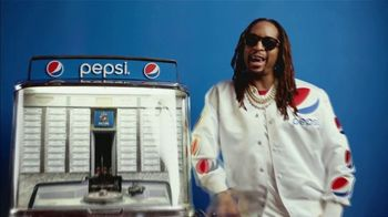 Pepsi Super Bowl 2019 TV Spot, 'Halftime Introduction' Featuring Steve Carell and Lil Jon - Thumbnail 6