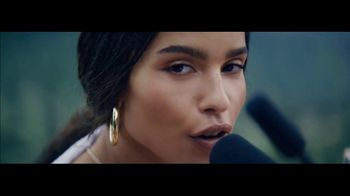 Michelob ULTRA Pure Gold Super Bowl 2019 TV Spot, \'The Pure Experience\' Featuring Zoë Kravitz