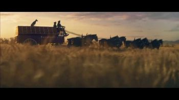 Budweiser Super Bowl 2019 TV Spot, 'Wind Never Felt Better' Song by Bob Dylan - Thumbnail 5