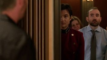 Hyundai TV Spot, 'The Elevator: Shopper Assurance' Featuring Jason Bateman [T1] - Thumbnail 1