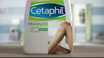 Cetaphil Moisturizing Lotion TV Spot, 'Prevent Dryness Before it Starts' - Thumbnail 3
