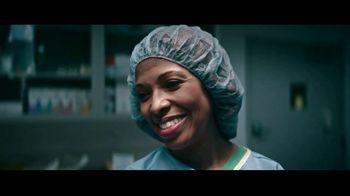 2018 Ford Explorer TV Spot, 'Born to Roll: Dr. Kirstie Cunningham' [T2] - Thumbnail 6
