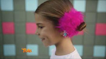Trolls Hair Huggers TV Spot, 'Hair We Go' - Thumbnail 4