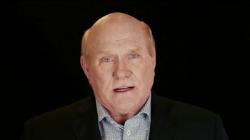 ALS Association TV Spot, '2014 Ice Bucket Challenge' Featuring Terry Bradshaw - Thumbnail 6