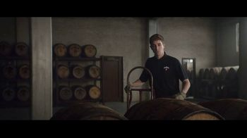 Jim Beam TV Spot, 'Generaciones' canción de Little Beaver [Spanish] - Thumbnail 2