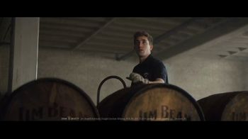 Jim Beam TV Spot, 'Generaciones' canción de Little Beaver [Spanish] - Thumbnail 8