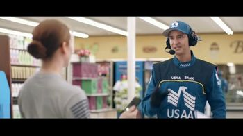 USAA Bank TV Spot,' Grocery Store' - Thumbnail 3