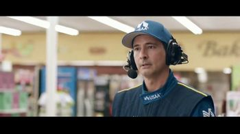 USAA Bank TV Spot,' Grocery Store' - Thumbnail 5