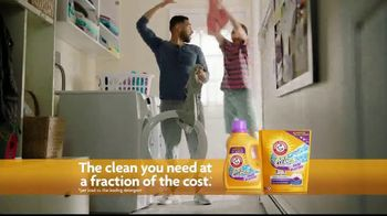 Arm & Hammer Plus OxiClean Odor Blasters TV Spot, 'Blasts Away the Ooof' - Thumbnail 8